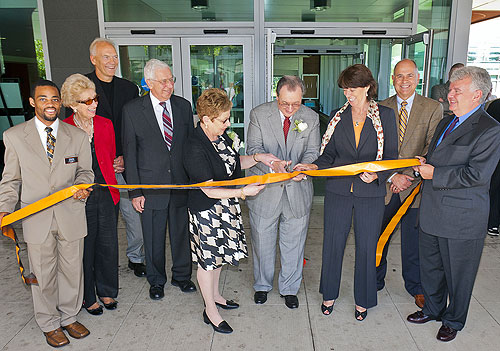 Speert ribbon cutting